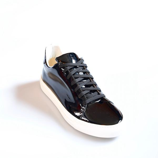 Madison Black Sneaker