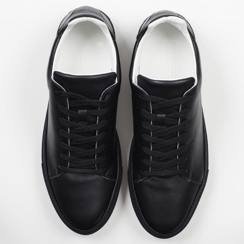 Black Sharp Sneaker